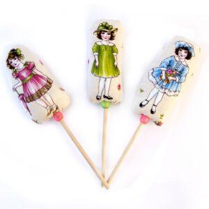 3 חברות על מקל בובות וינטאג' מתוקות