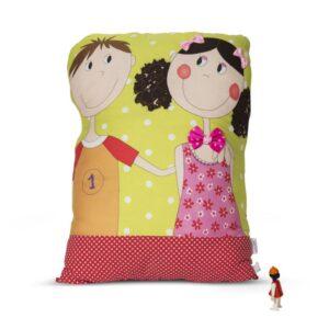 כרית נוי לחדר ילדים - בובת חבוק ענקית